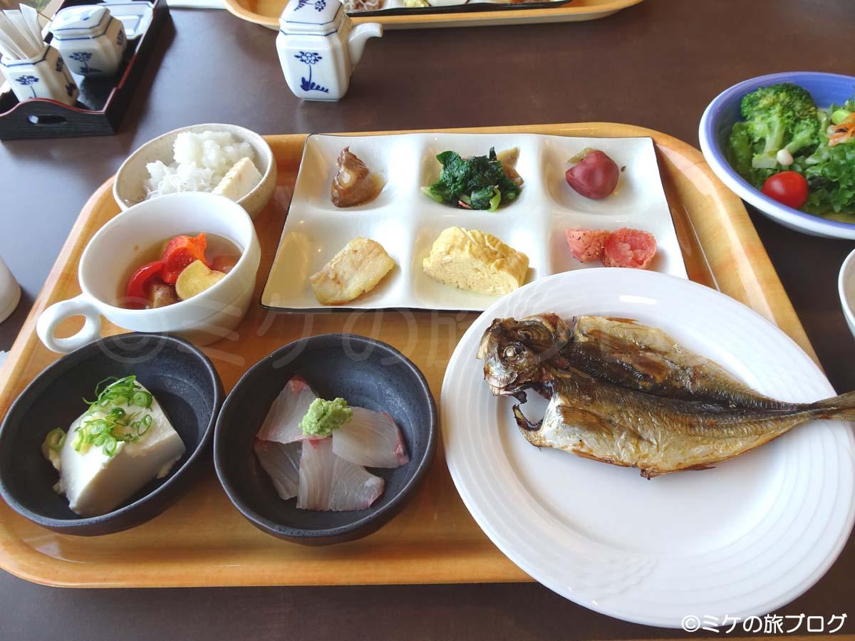 赤沢温泉ホテルの朝食ブッフェ