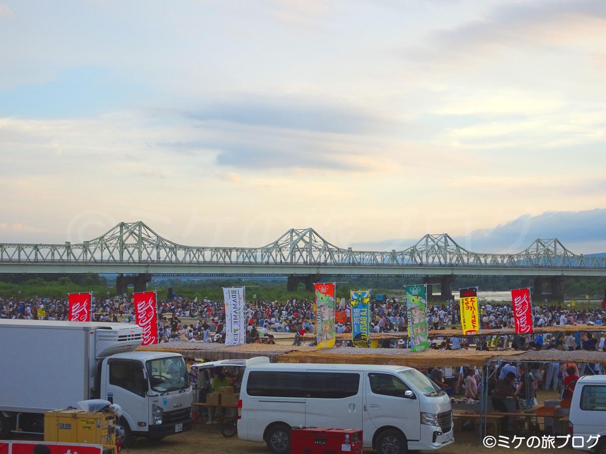 長岡花火大会右岸席